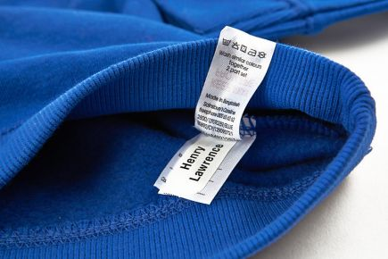 Apply Clothes Labels Onto Wash-Care Label - blue